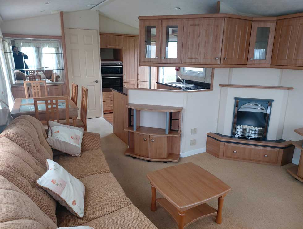 Willerby Winchester - 40ft x 13ft - 2 bedrooms - £22,000